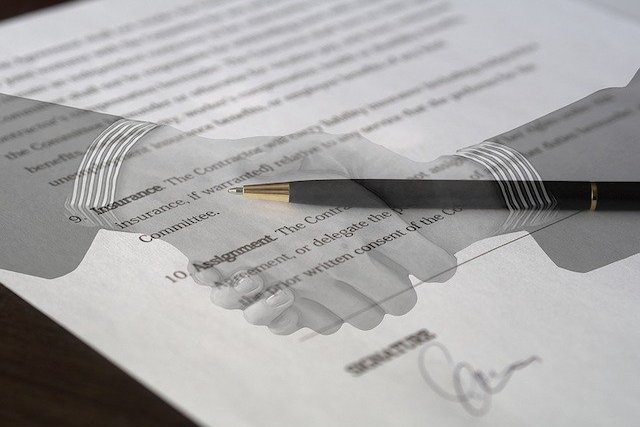 contract agreement for buying and selling commercial property feature